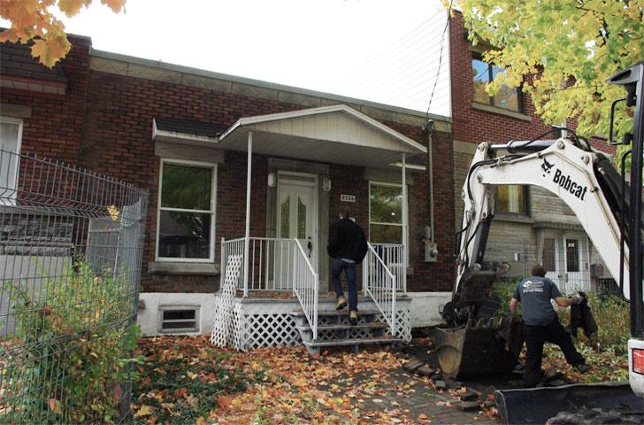 La maison d'origine, construite en 1922, montrait des signes de dégradations importants, eu égard à de nombreuses transformations au fil des ans.