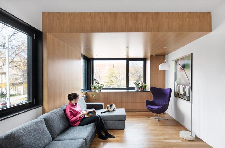 Le 2<sup>e</sup> étage de l'agrandissement permet d'accueillir un salon, une salle à manger et une petite cuisine